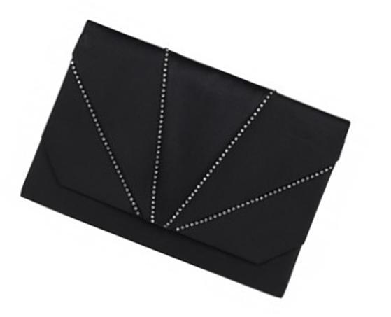 Black clutch london fashion stylist erica matthews style expert pride magazine february 2013 valentines day outfit ideas 3