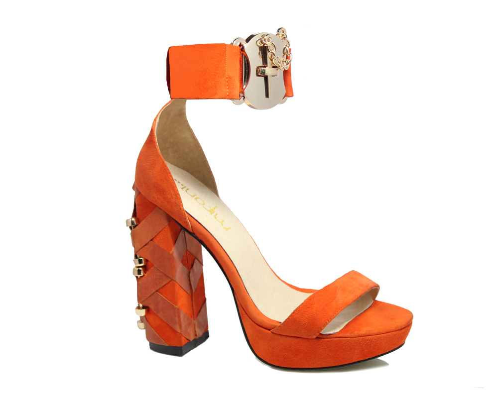 Rio Mifani heels shoes kim kardashian rihanna rita ora jourdan dunne celebrity style get the look pointed nails stroppy sandals heels orange