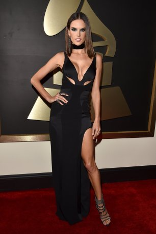 Alessandra Ambrosio wearing Atelier Versace at Grammys red carpet 2016 /The 58th GRAMMY Awards