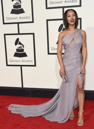 Seraph wearing Vera Wang at Grammys red carpet 2016 /The 58th GRAMMY Awards