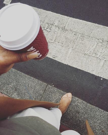 fashion week blogger lookbook streetstyle kylie jenner kardashian gigi hadid streetstyle outfits tumblr